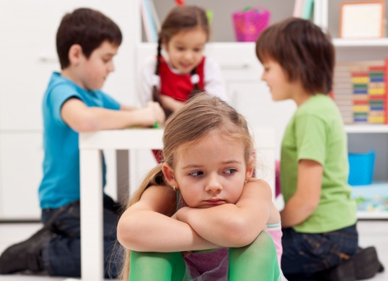 как научить ребенка дружить, как научить ребенка дружить в детском саду